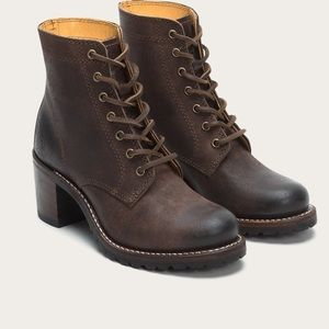 Lace up Frye Booties